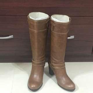 🚚 [DIANA]粗根中筒牛皮長靴