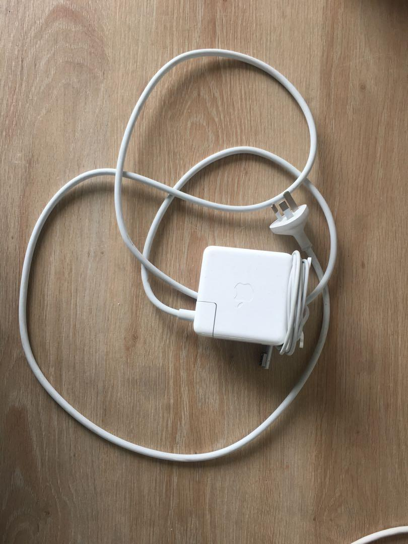 Apple Mac Laptop Charger / Adapter