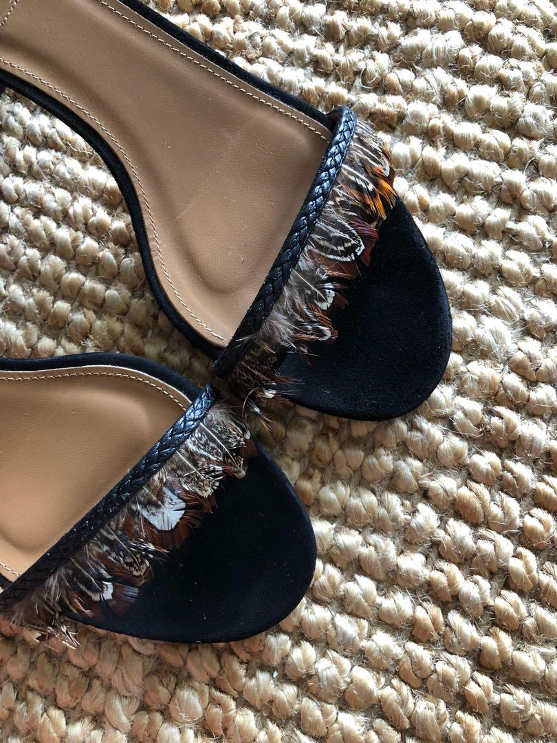 Aquazurra block heel Pocahontas shoes, size 39.5 (8.5)