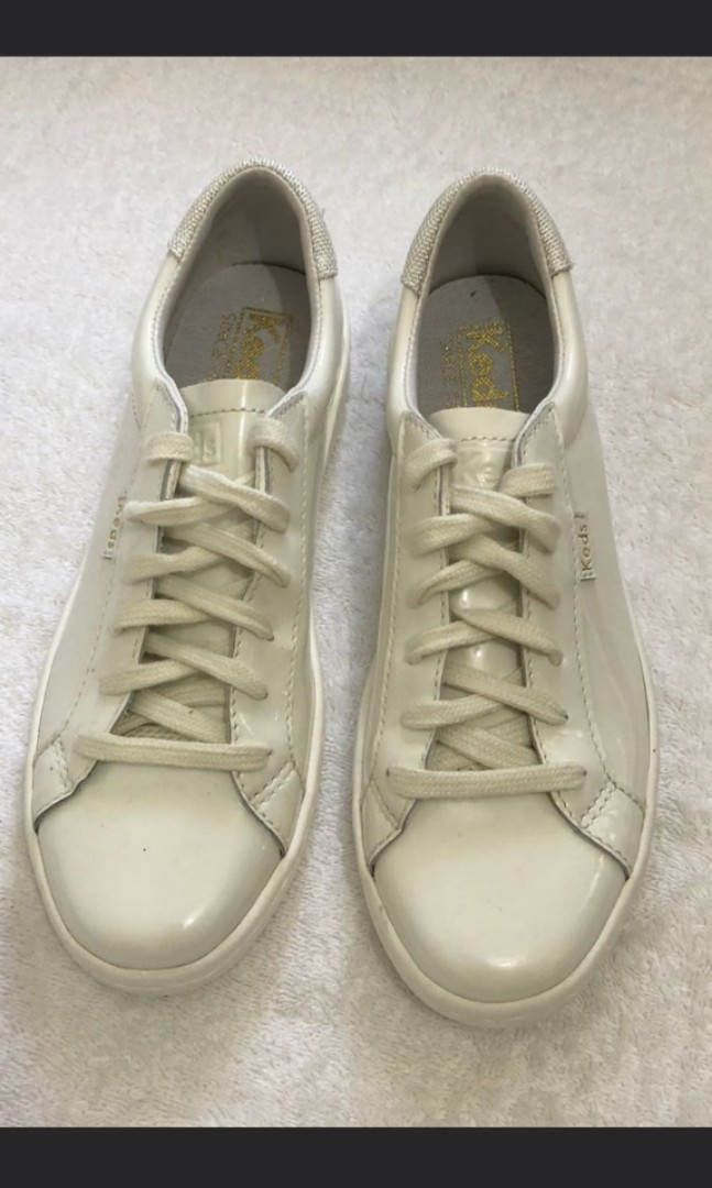 60187d7c8702 Worn once Authentic Keds leather shoes