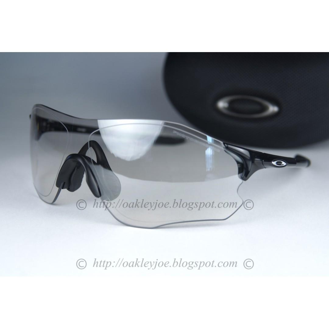 9d04d4e8a97 BNIB Oakley Custom EV Zero Path polished black + clear vented ...