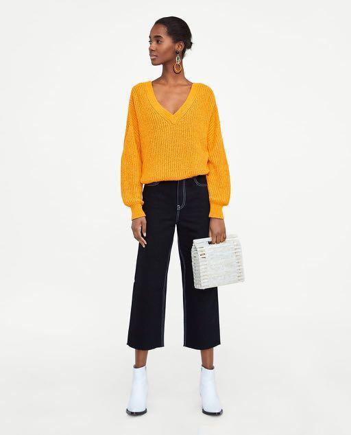 🚨PRICE DROP🚨BNWT Zara Double V-Neck Sweater