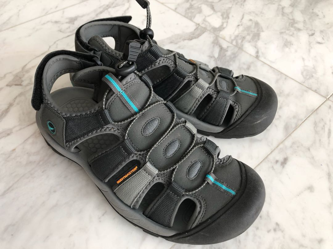 092f3bf1432b Bodymaster covered sandals