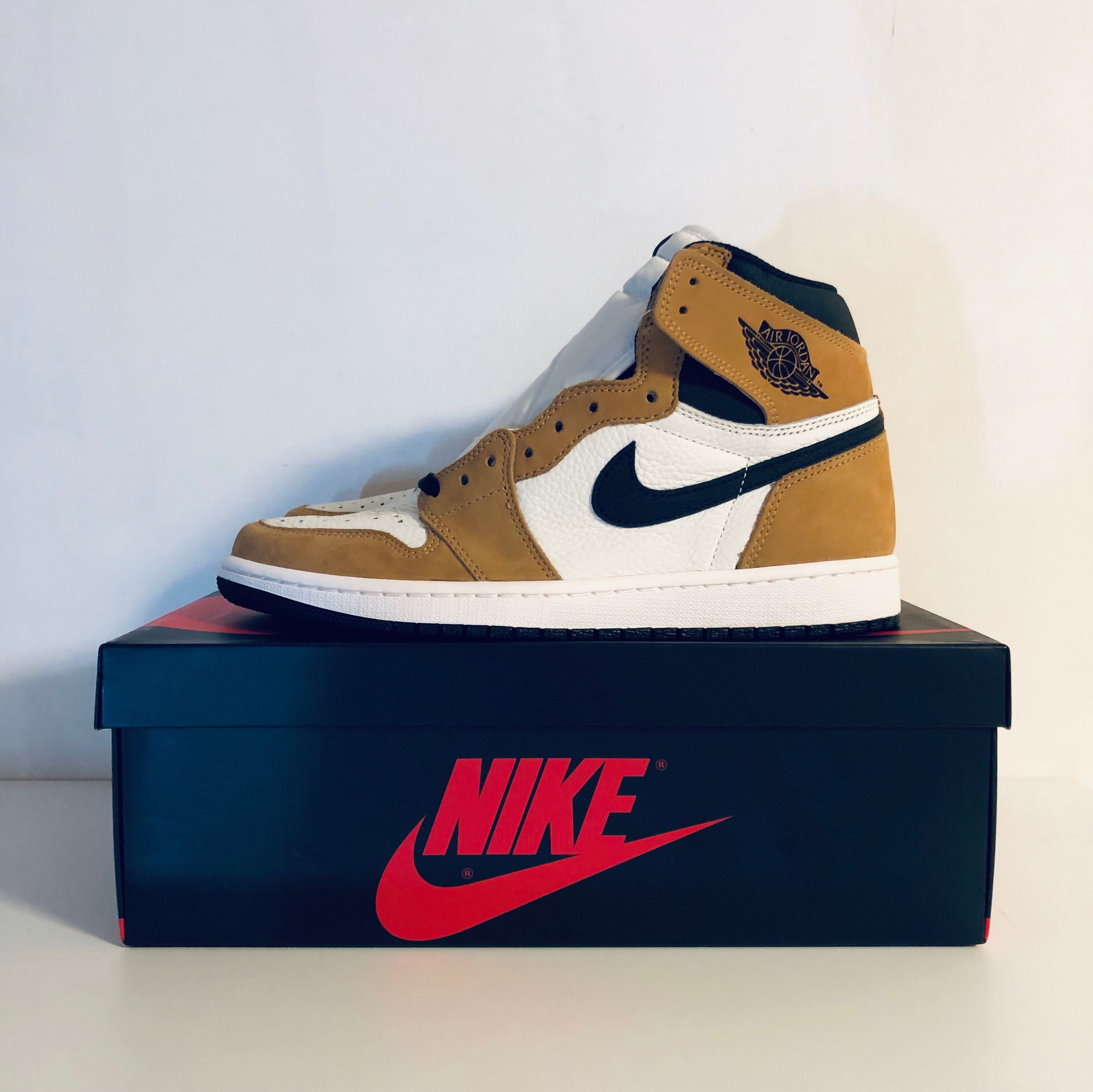 5335a18fd9d639 Nike Air Jordan 1 Rookie Of The Year