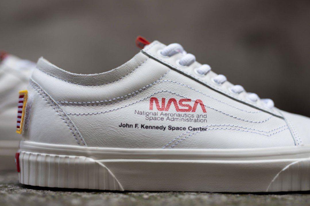 61d69a4452 Vans NASA White - UK 9   US 10