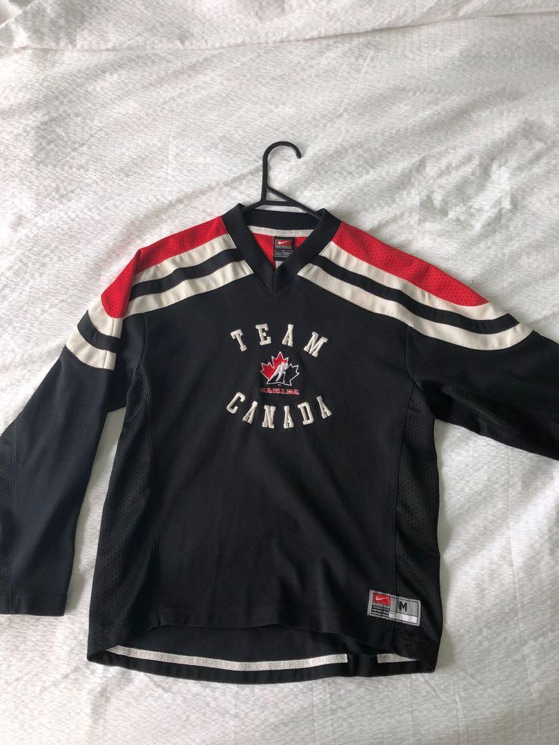 Vintage Team Canada Nike jersey