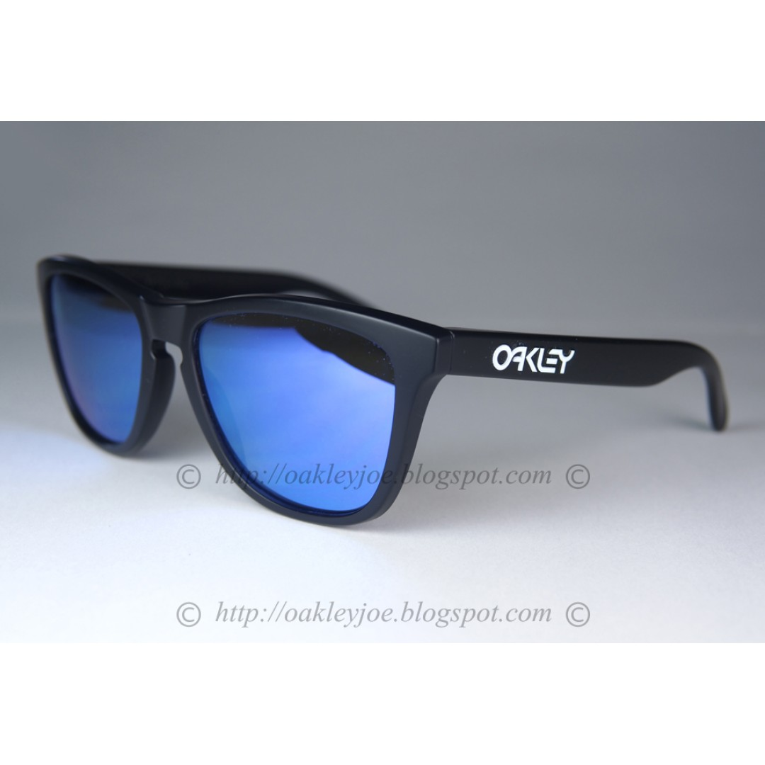 92c9c640f BNIB Oakley Frogskins matte black + violet iridium 24-298 sunglass shades,  Men's Fashion, Accessories, Eyewear & Sunglasses on Carousell