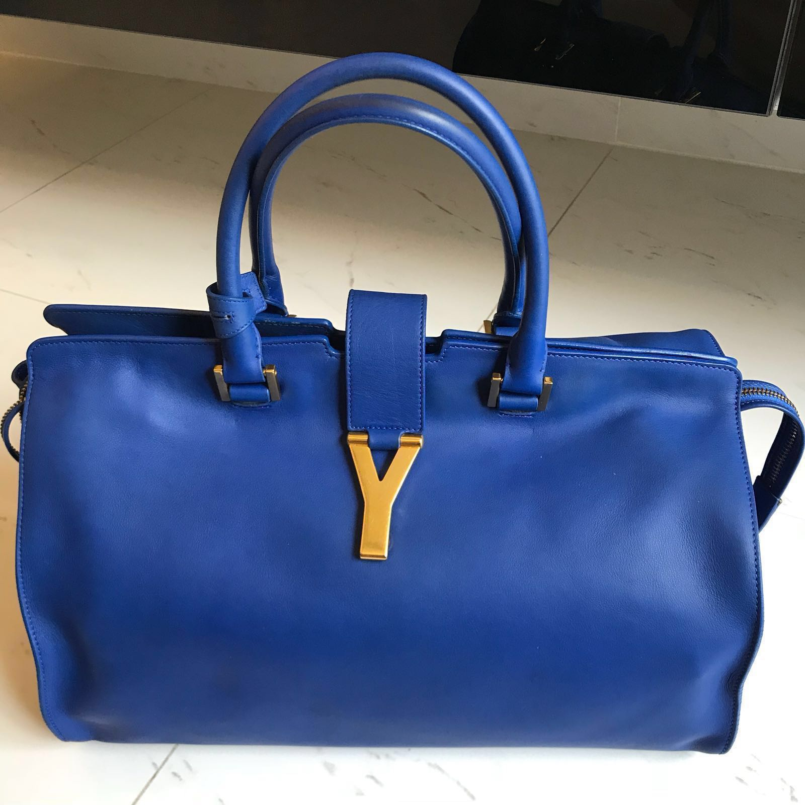 118e0fd565d8 Yves Saint Laurent YSL Cabas Chyc bag in Royal Cobalt Blue (Large ...