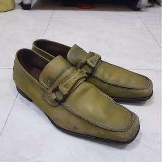 Salvatore Ferragamo Green loafer original not hermes bally gucci LV tods bottega