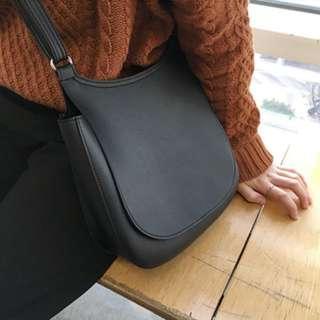 ✅ Korean Style Black Sling Bag #XMAS25