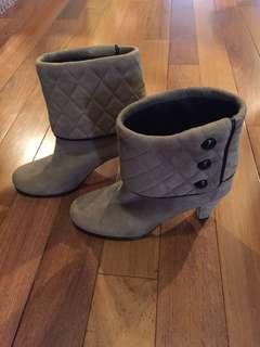 AEROSOLS Women's Suede Leather Ankle Boots Size 7