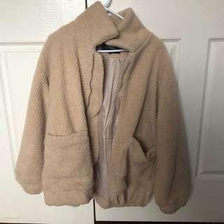 I am GIA fluffy jacket