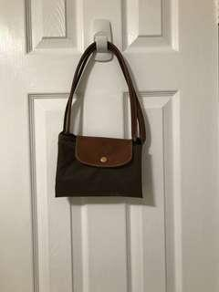 """LARGE LONGCHAMP """"LE PLIAGE"""" in OLIVE GREEN"""