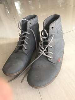 Kickers Grey