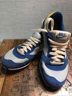Nike ladies shoe