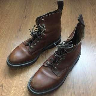 Dr. Martens HIDE Brando Boots