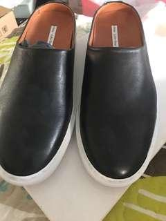 🚚 & Other Stories Black Leather Slip On