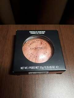 MAC MINERALIZE SKINFINISH 'STEREO ROSE' LIMITED EDITION