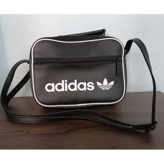 Adidas Originals Mini Airliner Vintage Cross Bag Black Trefoil School Bag  DH1004 305e376e1819b