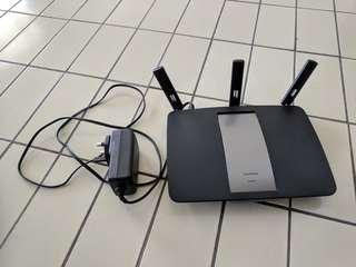 Almost New Linksys AC1900 EA6900 Dual Band Wifi Router