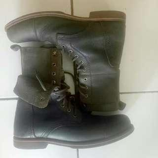 Sepatu boots wayout rock and roll no redwing / dr martens