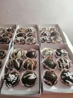 CHOCOLATE COOKIE TRUFFLES ❤