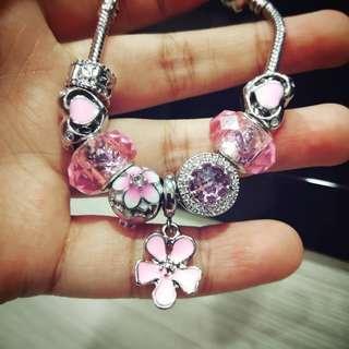 Pandora bracelet 7 charms