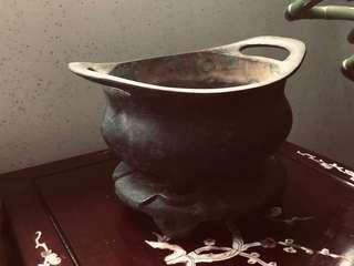 清代。鳳耳銅爐