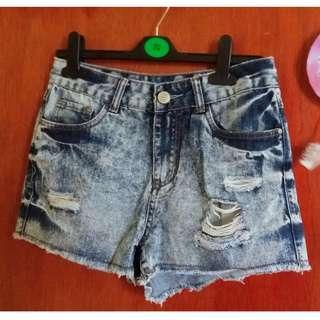 Boyfriend Denim Shorts 💕
