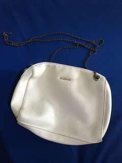 Bershka sling bag white