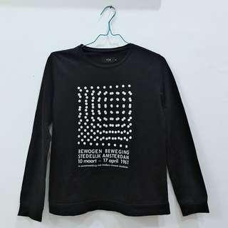 AUTHENTIC THE EXECUTIVE BLACK ARTSY SWEATER