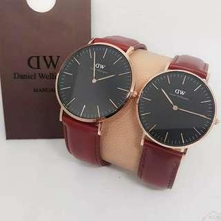 Daniel Wellington Classic Suffolk Maroon original