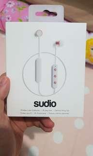 BNIB wireless in-ear earphones sudio Tio