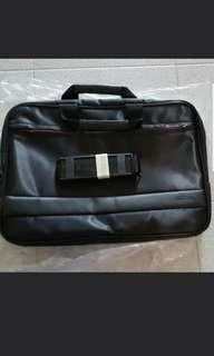 Laptop bag for 14 and 15 inch