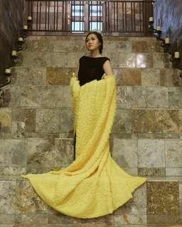 Sewa yellow gown + black dress