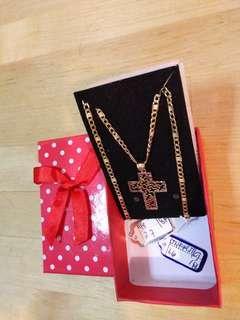 "18k Saudi Gold Necklace w/ pendant 18"""