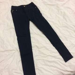 🚚 極彈性窄管黑褲 M號