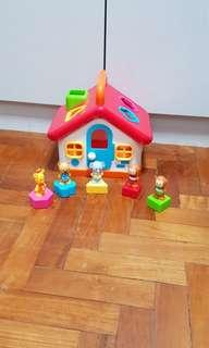 ElC Shape Sorter house with sound