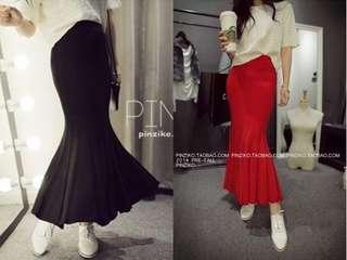 🚚 全新針織魚尾裙紅色和深藍