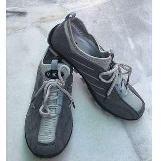 VKI Sports Shoes