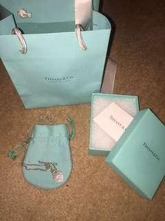 TIFFANY & CO NECKLACE WITH BAG + BOX