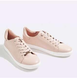 TOPSHOP LACE UP SNEAKERS