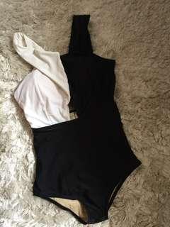 Black white Swimsuits