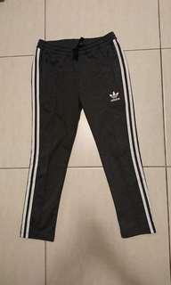 Adidas九分運動褲