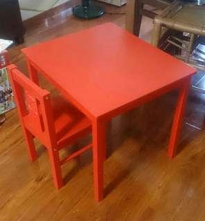 二手ikea兒童桌椅組