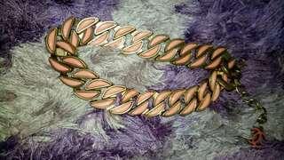 Kalung chanel pink gold bisa pk bolak balik
