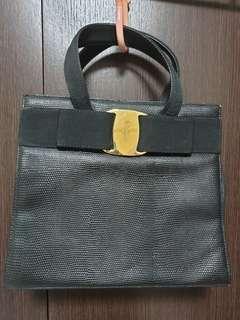 83d46ed0d8 Preloved Vintage Salvatore Ferragamo Bag