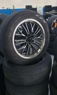 Used tyre with rims