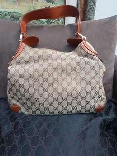 Gucci Bag (used)
