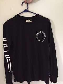 ghanda long sleeve  size 8  never ever worn